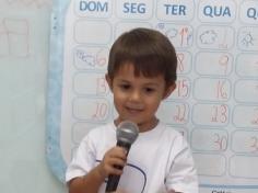 Grupo Mar conta o Final de Semana com microfone
